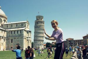 a leaningtower